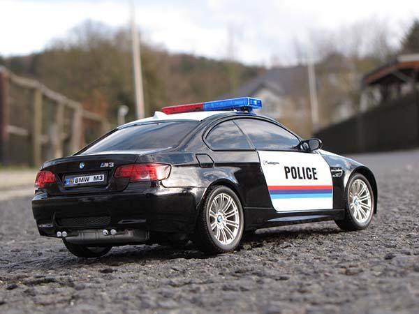 ferngesteuertes polizeiauto bmw m3 polizei auto. Black Bedroom Furniture Sets. Home Design Ideas